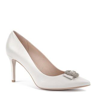 Białe ślubne buty na szpilce ze srebrnym dodatkiem na czubku