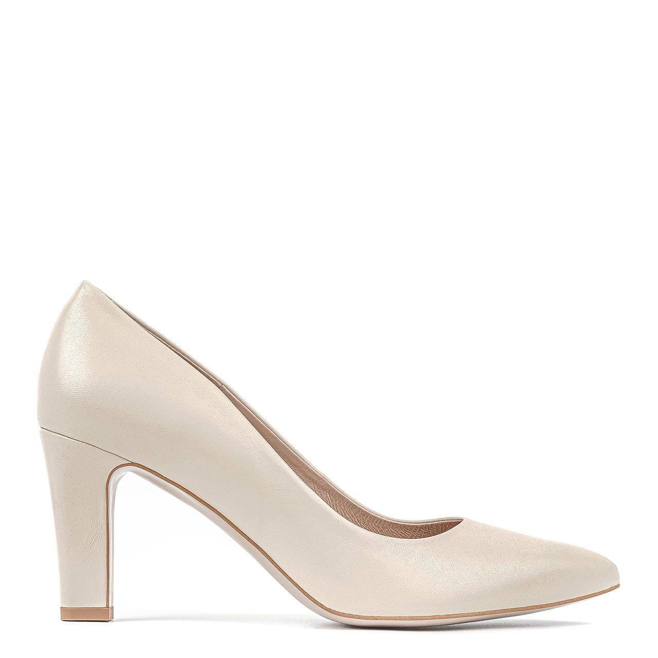 Kremowe buty ślubne