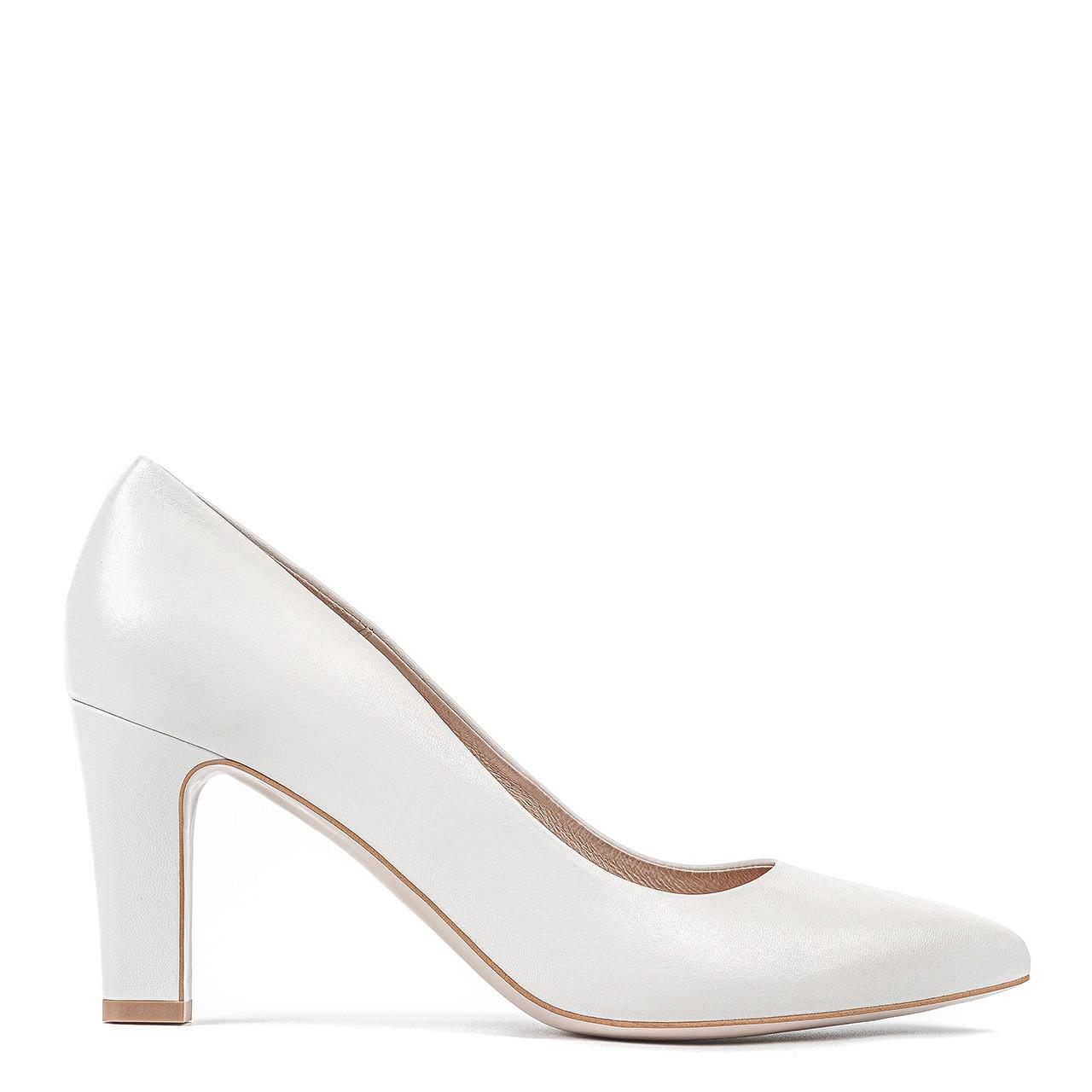 Skórzane buty ślubne w białym kolorze