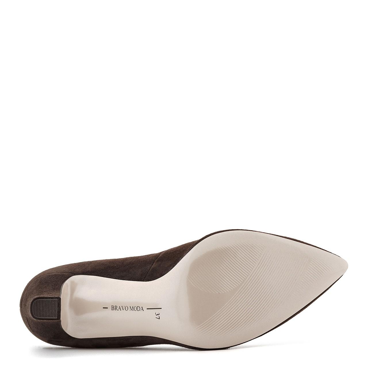 Skórzane ciemnobrązowe buty na wysokim obcasie