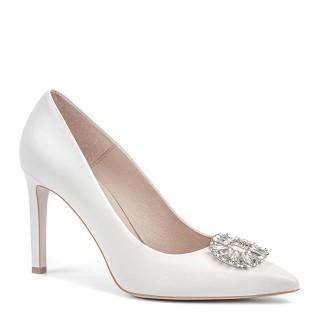 Klasyczne damskie szpilki wzbogacone z przodu o elegancki diament