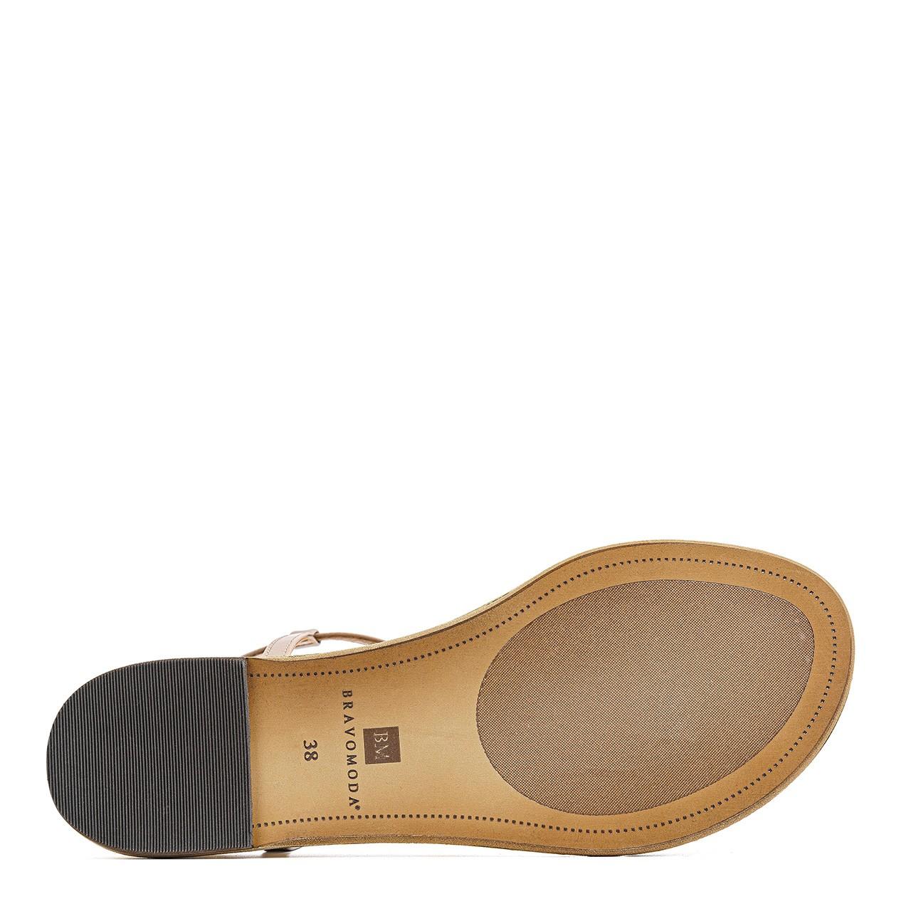 Jasnobrązowe skórzane sandały na podwyższonej podeszwie