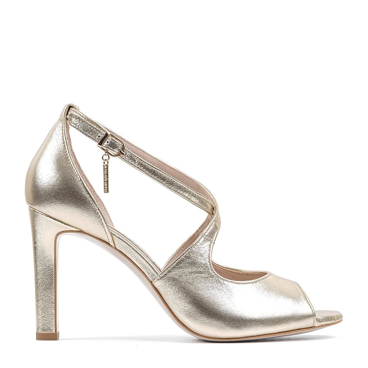 Złote sandały na wysokiej szpilce
