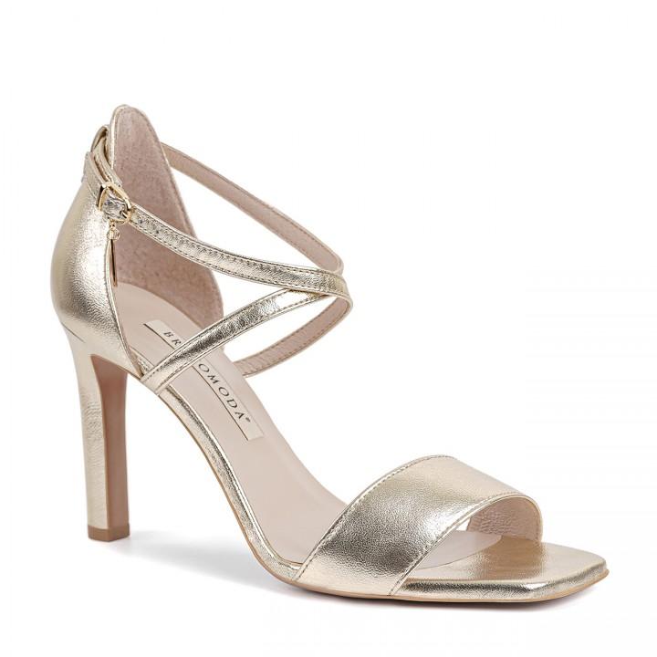 Złote skórzane sandały na obcasie z kwadratowym noskiem