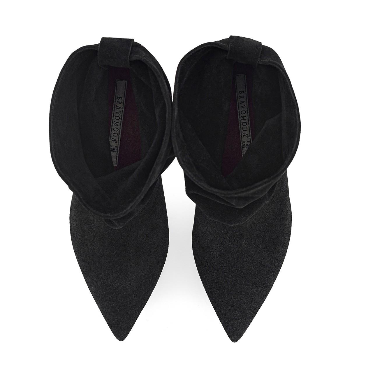Czarne welurowe botki na szpilce