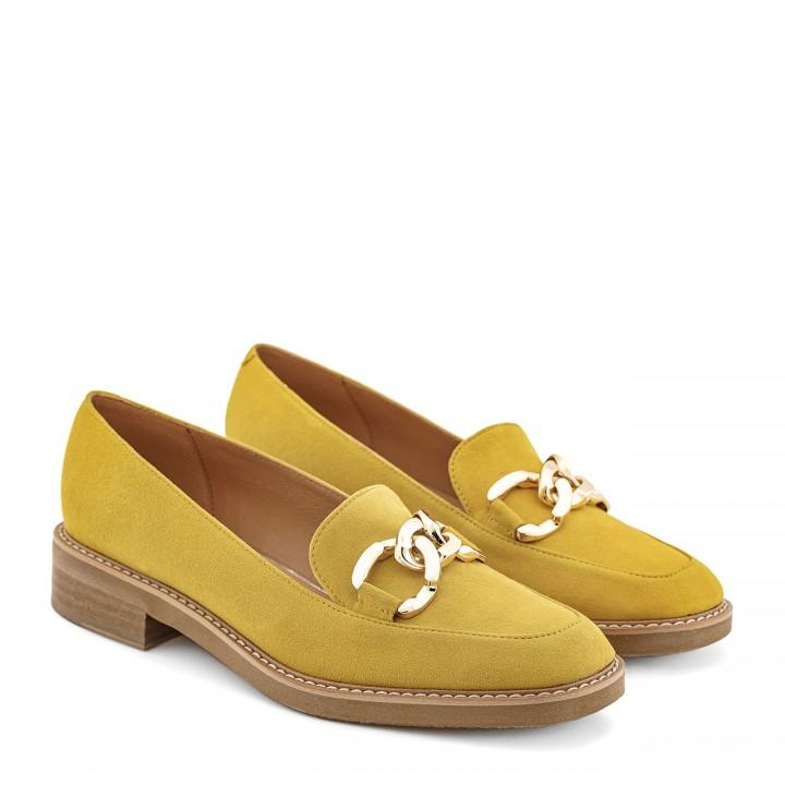 Mokasyny w wyjątkowym żółtym kolorze