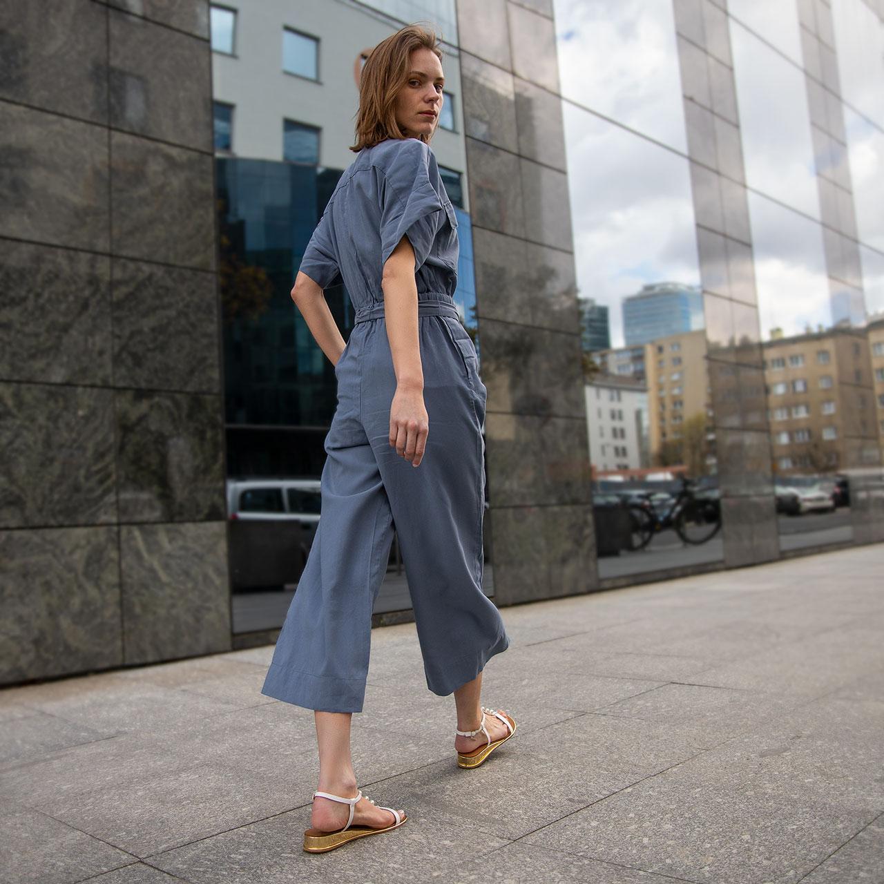 Jak znaleźć perfekcyjne sandały damskie?